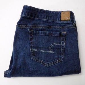 American Eagle Favorite Boyfriend Jeans Size 18 R